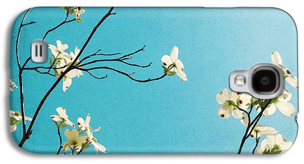 Dogwood Blooms Galaxy S4 Case by Kim Fearheiley