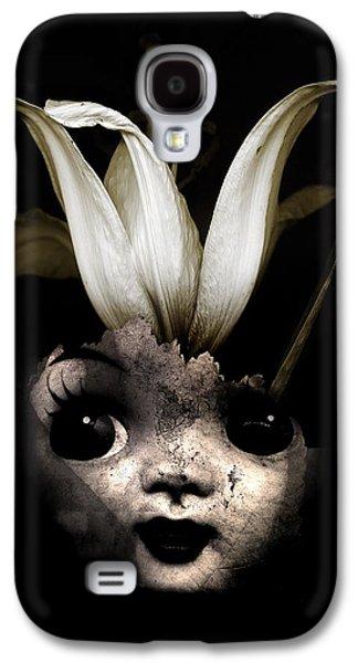 Creepy Digital Galaxy S4 Cases - Doll flower Galaxy S4 Case by Johan Lilja