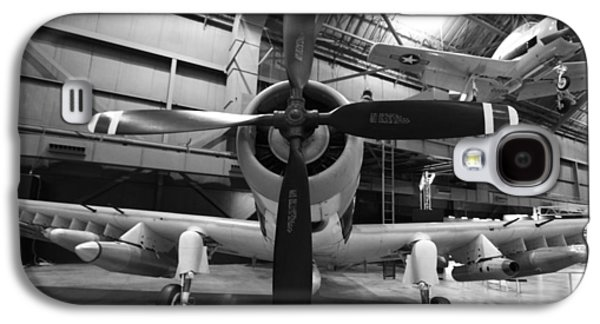 Airplane Photographs Galaxy S4 Cases - Douglas A1 Skyraider Galaxy S4 Case by Dan Sproul