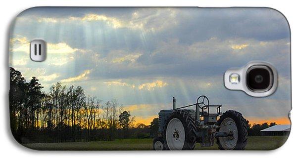 Down On The Farm Galaxy S4 Case by Mike McGlothlen