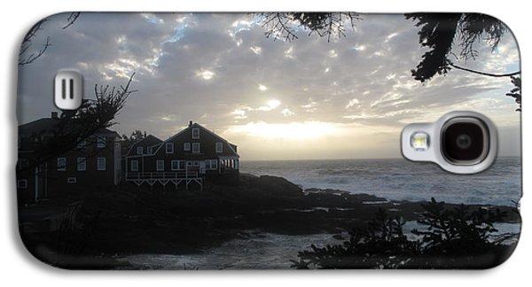 Transportation Photographs Galaxy S4 Cases - Driftwood Inn Sunrise Galaxy S4 Case by Donnie Freeman