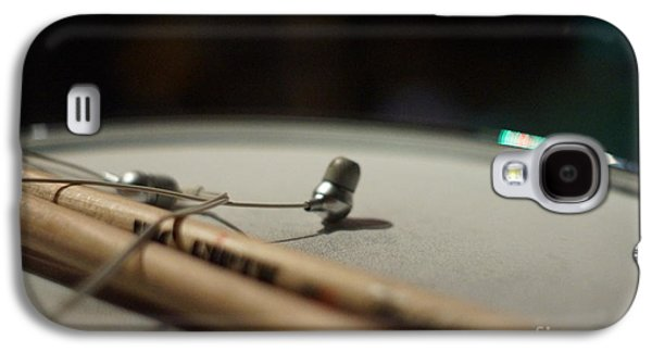 Drumsticks And Ear Buds Galaxy S4 Case by Lynda Dawson-Youngclaus
