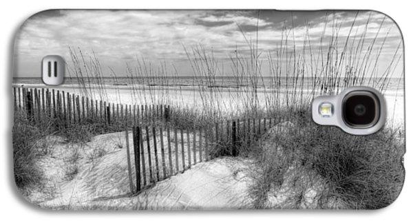 Waterscape Galaxy S4 Cases - Dune Fences Galaxy S4 Case by Debra and Dave Vanderlaan