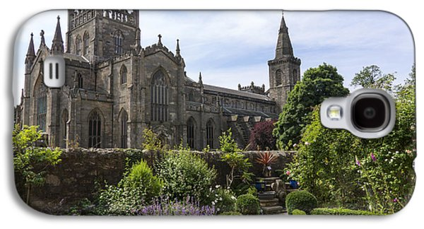 Ancient Galaxy S4 Cases - Dunfermline Abbey from The Abbot House Galaxy S4 Case by Ross G Strachan
