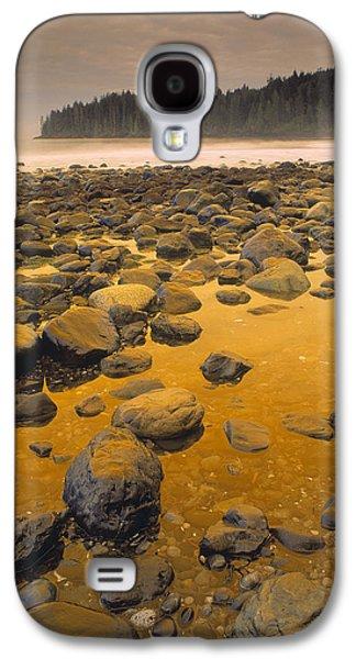 China Beach Galaxy S4 Cases - D.wiggett Rocks On Beach, China Beach Galaxy S4 Case by First Light