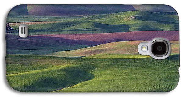 Contour Farming Galaxy S4 Cases - Early Light in the Palouse Galaxy S4 Case by Latah Trail Foundation