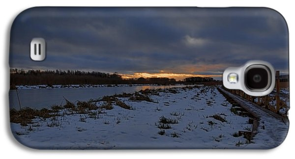 Reflection Of Sun In Clouds Galaxy S4 Cases - Early morning January 2015 Galaxy S4 Case by Leif Sohlman