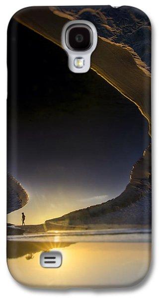 Jogging Galaxy S4 Cases - Earth Walker Galaxy S4 Case by Sean Foster