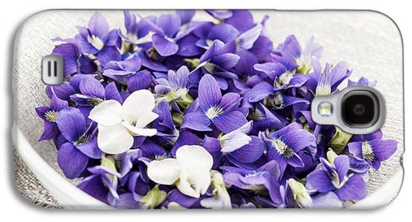 Violet Galaxy S4 Cases - Edible violets in bowl Galaxy S4 Case by Elena Elisseeva