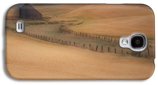 Contour Farming Galaxy S4 Cases - Eid Road Barn Galaxy S4 Case by Latah Trail Foundation
