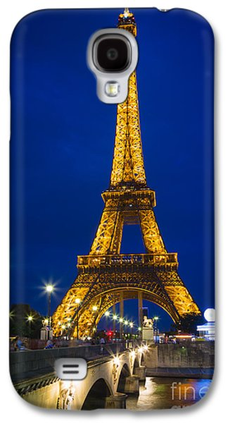 Streetlight Photographs Galaxy S4 Cases - Eiffel Tower by Night Galaxy S4 Case by Inge Johnsson
