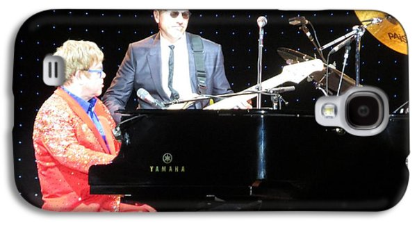 Elton John Photographs Galaxy S4 Cases - Elton Plays the blues in Macon GA Galaxy S4 Case by Aaron Martens