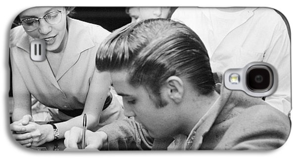 Autographed Galaxy S4 Cases - Elvis Presley Meeting Fans 1956 Galaxy S4 Case by The Phillip Harrington Collection