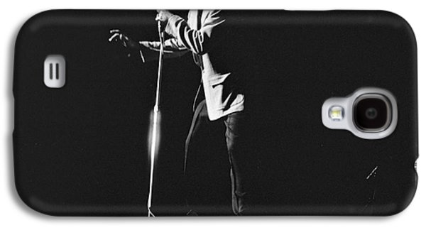 Elvis Presley Galaxy S4 Cases - Elvis Presley on stage in Detroit 1956 Galaxy S4 Case by The Phillip Harrington Collection
