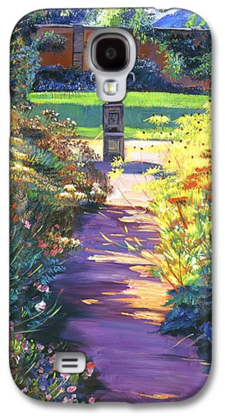 Pathways Paintings Galaxy S4 Cases - English Garden Urn Galaxy S4 Case by David Lloyd Glover