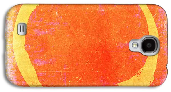 Enso No. 109 Yellow On Pink And Orange Galaxy S4 Case by Julie Niemela