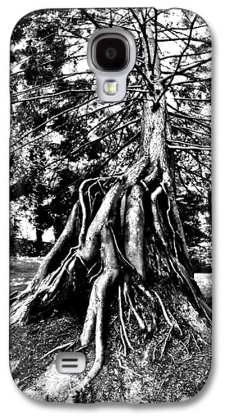 Tree Roots Photographs Galaxy S4 Cases - Exposed Galaxy S4 Case by Benjamin Yeager