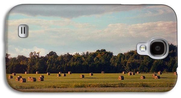 Tennessee Hay Bales Galaxy S4 Cases - Facing the Sun Galaxy S4 Case by Jai Johnson