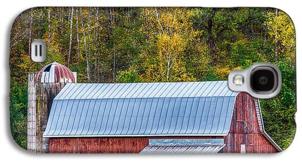 Barn Yard Galaxy S4 Cases - Fall Colors On The Farm Galaxy S4 Case by Paul Freidlund