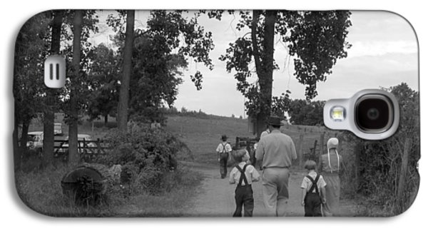 Amish Community Photographs Galaxy S4 Cases - Farming Family Faith Galaxy S4 Case by Tina M Wenger