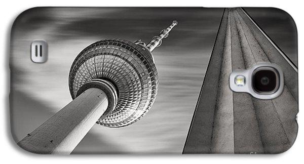 Fernsehturm Berlin Galaxy S4 Case by Rod McLean