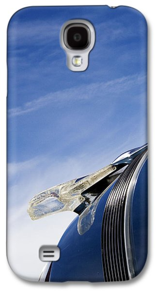 Hood Ornament Photographs Galaxy S4 Cases - Fierce Chief Galaxy S4 Case by Rebecca Cozart