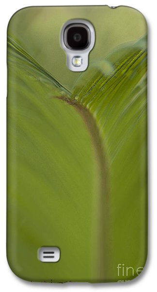Keeping In Touch Photographs Galaxy S4 Cases - Fight or Flight Galaxy S4 Case by Vicki Ferrari