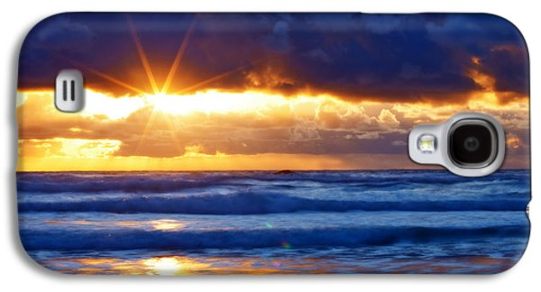 Darren Galaxy S4 Cases - Fire on the Horizon Galaxy S4 Case by Darren  White