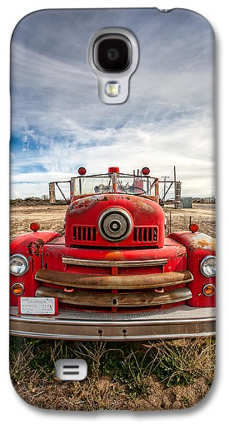Antique Automobiles Galaxy S4 Cases - Fire Truck Galaxy S4 Case by Peter Tellone