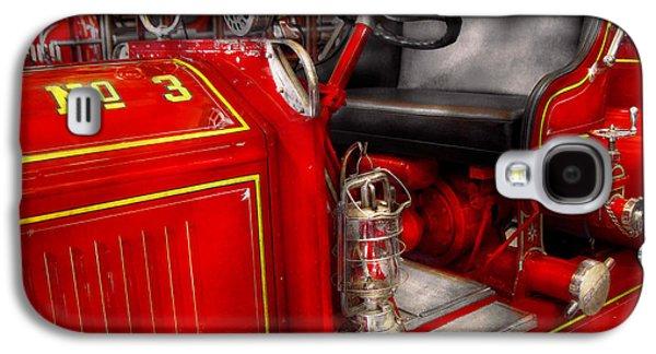 Brigade Galaxy S4 Cases - Fireman - Fire Engine No 3 Galaxy S4 Case by Mike Savad