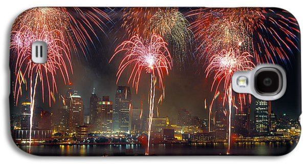 Fourth Of July Galaxy S4 Cases - Fireworks Display At Night On Freedom Galaxy S4 Case by Panoramic Images