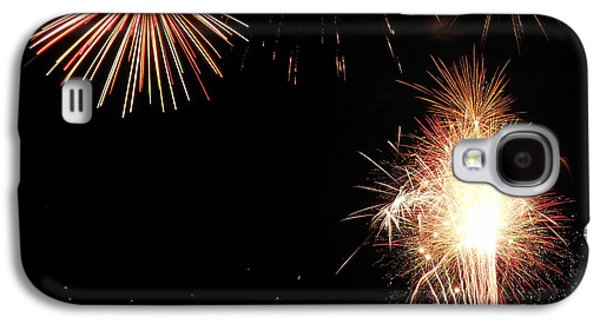 4th July Galaxy S4 Cases - Fireworks Over the Lake 47 Galaxy S4 Case by Dawn