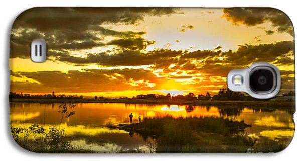 Haybale Galaxy S4 Cases - Fishermen Sunset II Galaxy S4 Case by Robert Bales