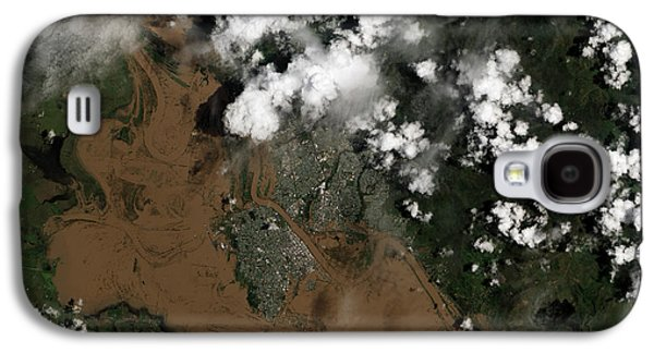 River Flooding Galaxy S4 Cases - Fitzroy River Flooding Australia  Galaxy S4 Case by Science Source