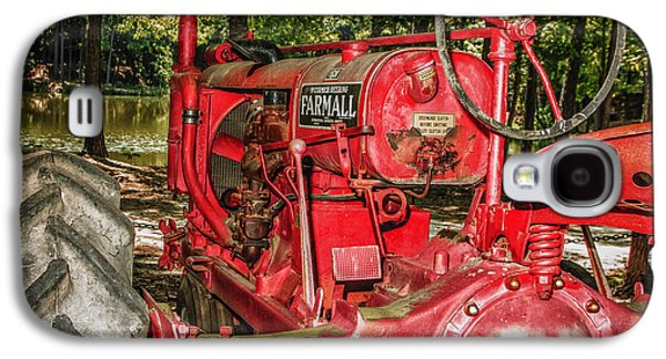 Machinery Galaxy S4 Cases - Flash On Farmall Galaxy S4 Case by Robert Frederick