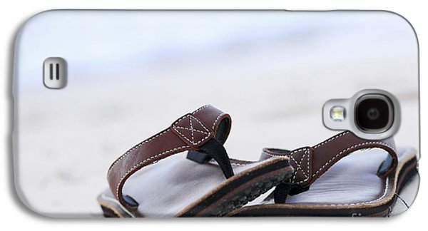 Concept Photographs Galaxy S4 Cases - Flip-flops on beach Galaxy S4 Case by Elena Elisseeva
