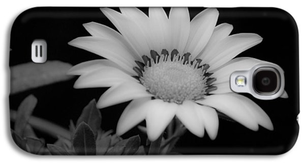 Close Focus Floral Galaxy S4 Cases - Flower  Galaxy S4 Case by Ron White