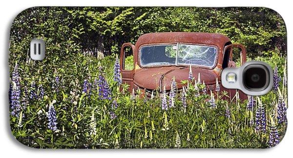Rural Maine Roads Galaxy S4 Cases - Flower Truck Galaxy S4 Case by Karin Pinkham
