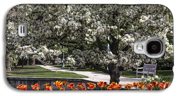 Flowers And Bench At Michigan State University  Galaxy S4 Case by John McGraw