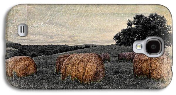 Hay Bales Paintings Galaxy S4 Cases - Flowing Skies II Galaxy S4 Case by Dan Carmichael