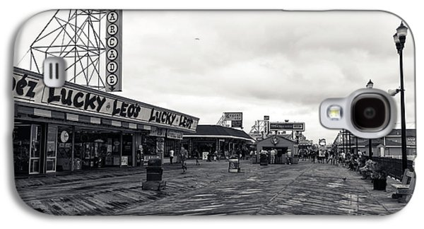 Seaside Heights Photographs Galaxy S4 Cases - Flying Over the Boardwalk mono Galaxy S4 Case by John Rizzuto