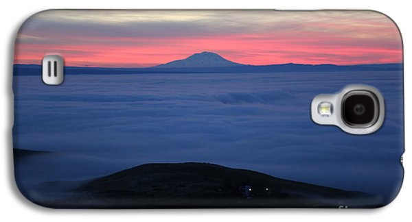 Yakima Valley Galaxy S4 Cases - Fog in the Valley Galaxy S4 Case by Carol Groenen