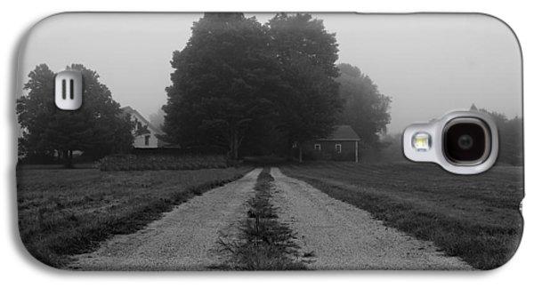 Rural Maine Roads Galaxy S4 Cases - Foggy Farmhouse Galaxy S4 Case by Alec Salisbury