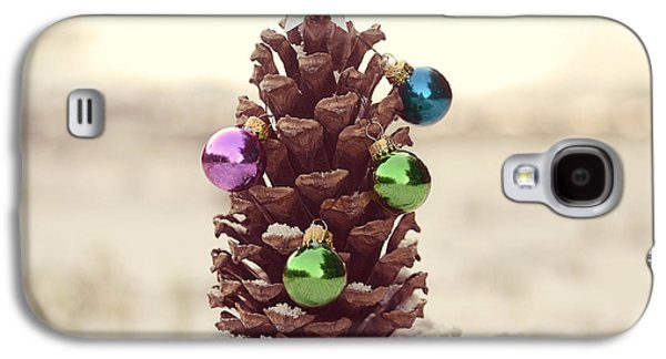 Pine Cones Photographs Galaxy S4 Cases - For All Creatures Great And Small Galaxy S4 Case by Laura  Fasulo