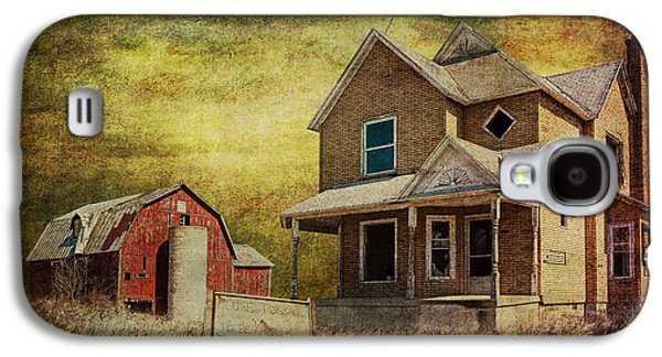 Old House Photographs Galaxy S4 Cases - For Sale a forlorn Michigan Farm Galaxy S4 Case by Randall Nyhof