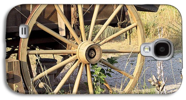 Pioneer Scene Galaxy S4 Cases - Fort Laramie WY - Moving west on wagon wheels Galaxy S4 Case by Christine Till
