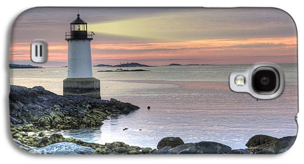 New England Ocean Galaxy S4 Cases - Fort Pickering Lighthouse at Sunrise Galaxy S4 Case by Juli Scalzi