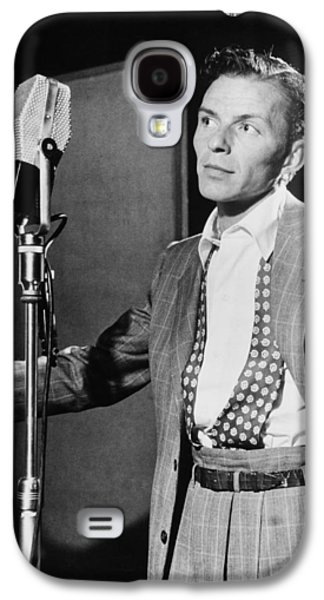 Studio Photographs Galaxy S4 Cases - Frank Sinatra Galaxy S4 Case by Mountain Dreams