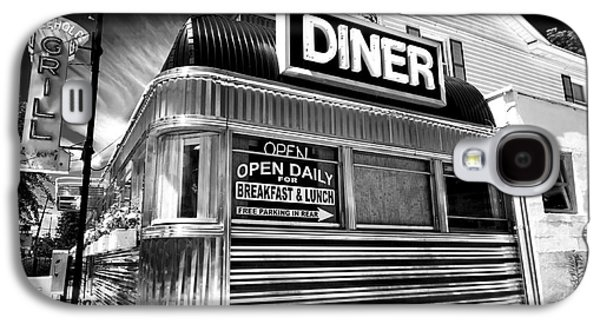Photo Art Gallery Galaxy S4 Cases - Freehold Diner Galaxy S4 Case by John Rizzuto