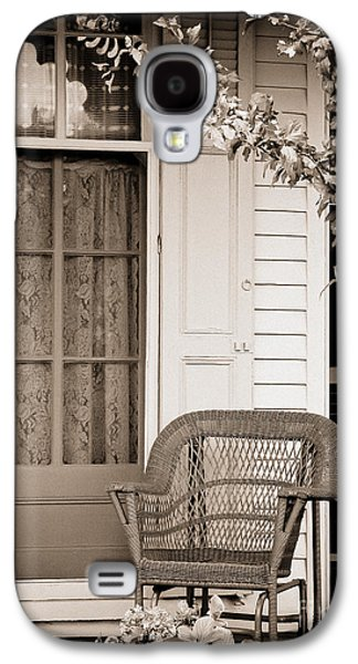 Original Art Photographs Galaxy S4 Cases - Front Porch Galaxy S4 Case by Colleen Kammerer